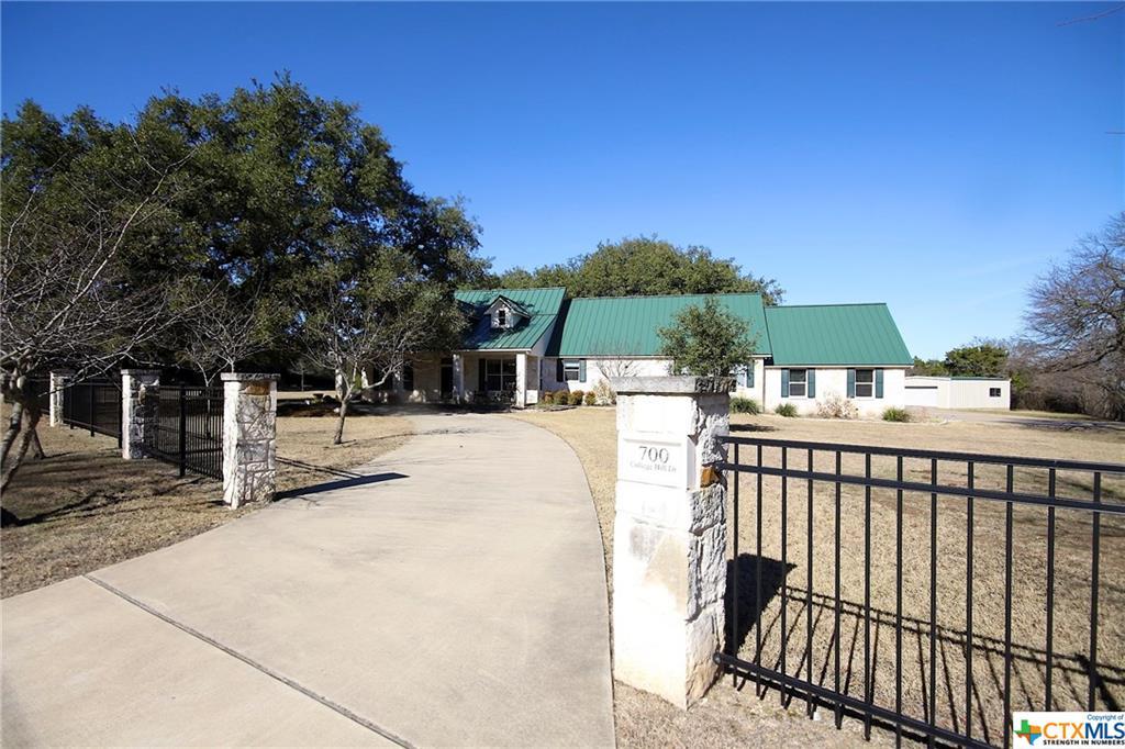 700 College Hill Drive, Salado, TX 76571