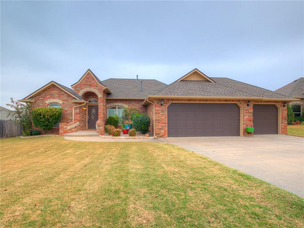 Colorful and large, this is an image of a Summit Lakes Norman OK home.