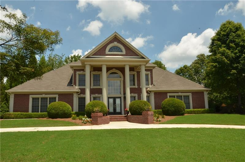 4306 Marble Arch Way, Flowery Branch, GA 30542