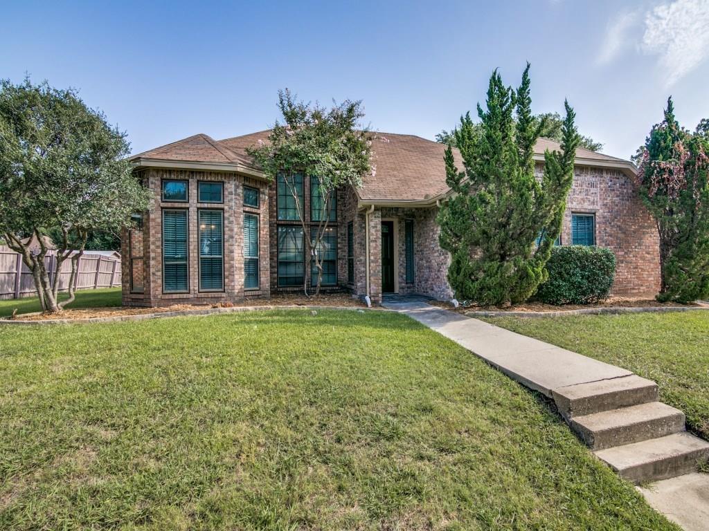 8917 Greentree Drive, Rowlett, TX 75088