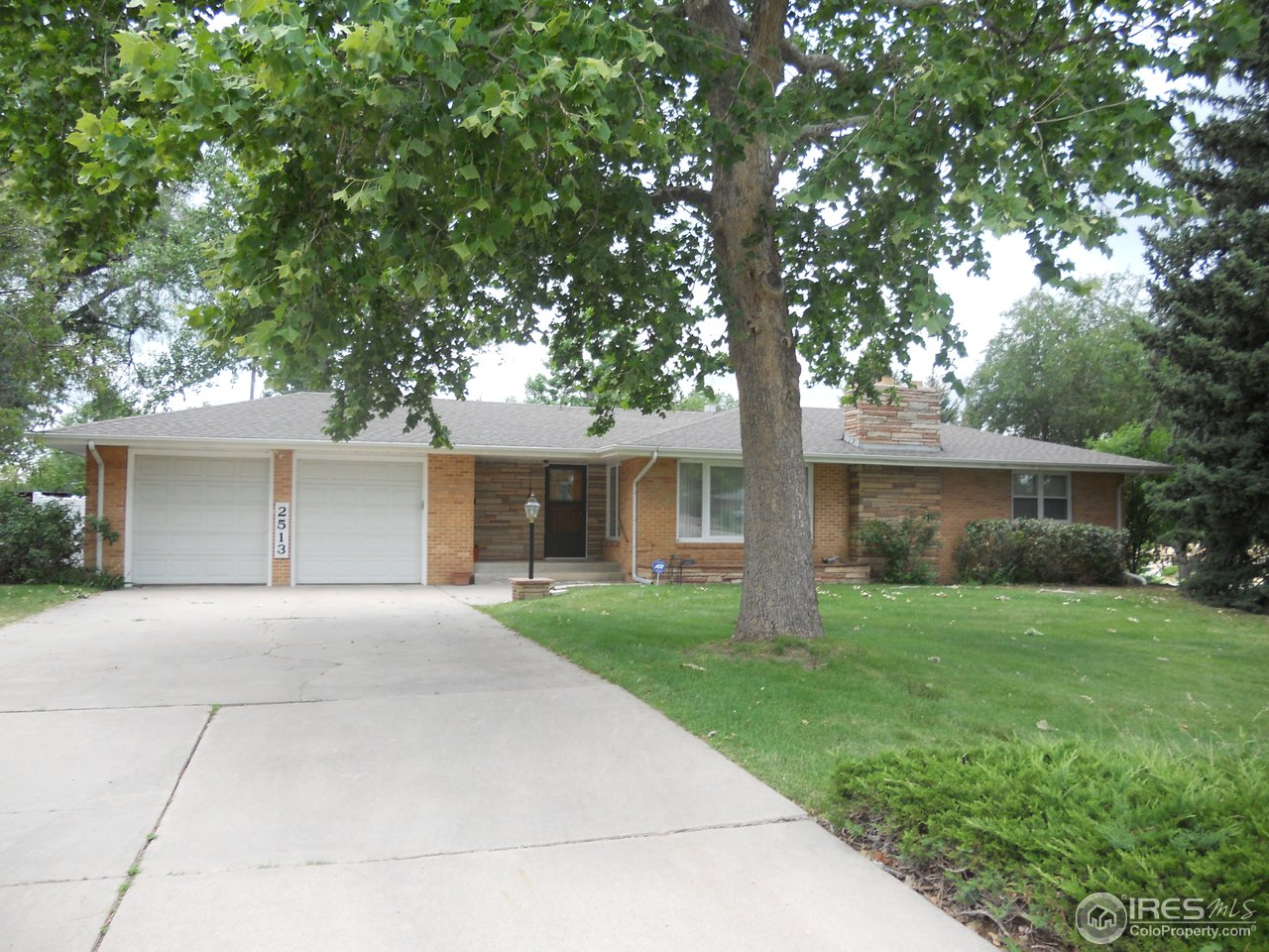 Awesome well maintained clean home in established neighborhood, great location. Open floor plan. Large spacious lot with mature landscaping. Family room added later than original build. New carpet. Sprinkler System.  Some modernization done in recent years. Three Fireplaces. W/D Hookup main level. This home truly is made for a family that enjoys extra space, has a large game room for billiards, card parties, etc. Listing Agent related to Sellers. Prop Taxes quoted are with Senior Tax Exemption