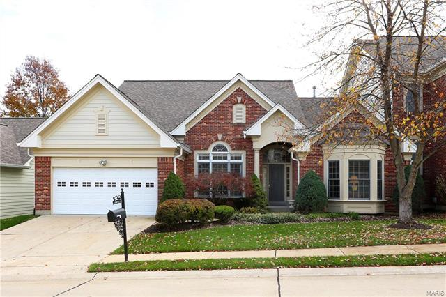 12 Picardy Hill, Chesterfield, MO 63017