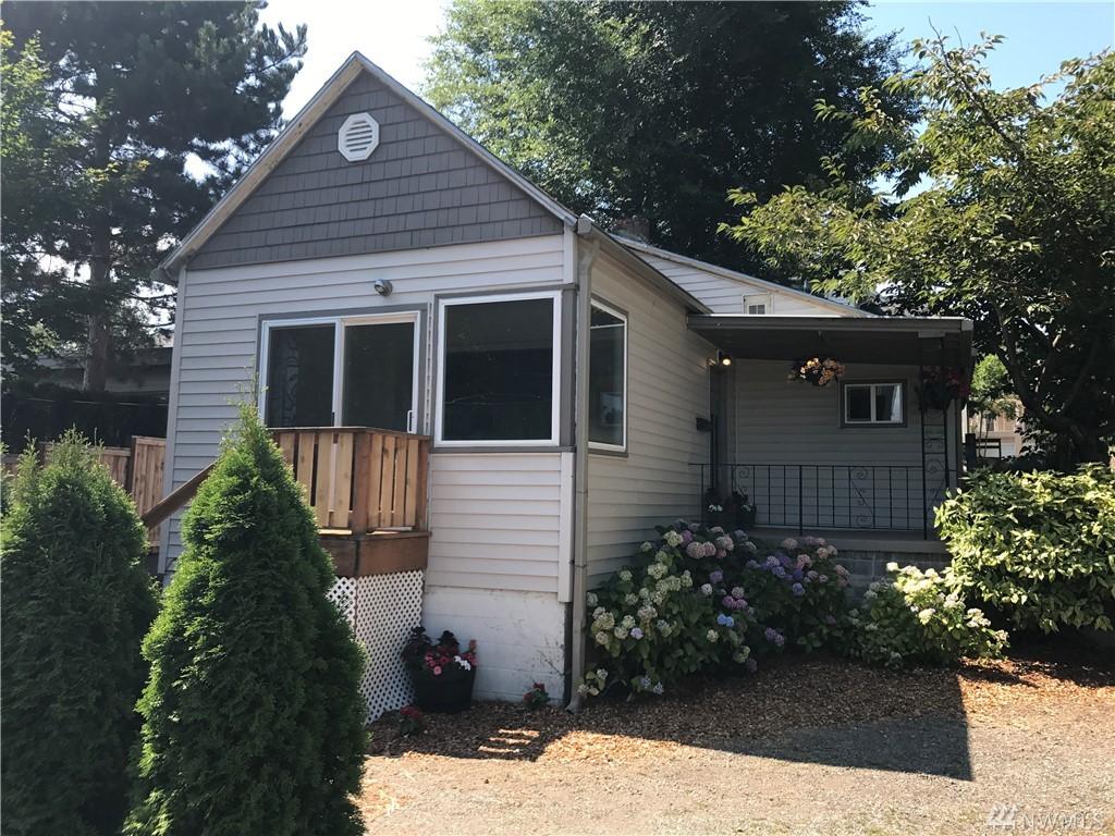 324 23rd Ave E, Seattle, WA 98112