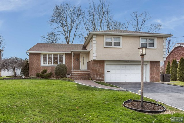 35 Vincent Drive, Clifton, NJ 07013