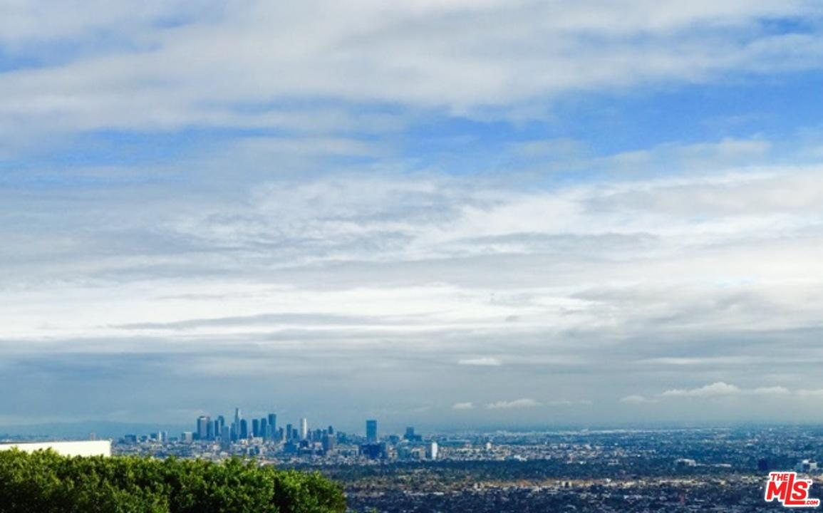 1514 BLUE JAY Way, Los Angeles (City), CA 90069