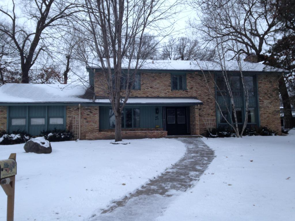 6204 Schaefer Circle, Edina, MN 55436