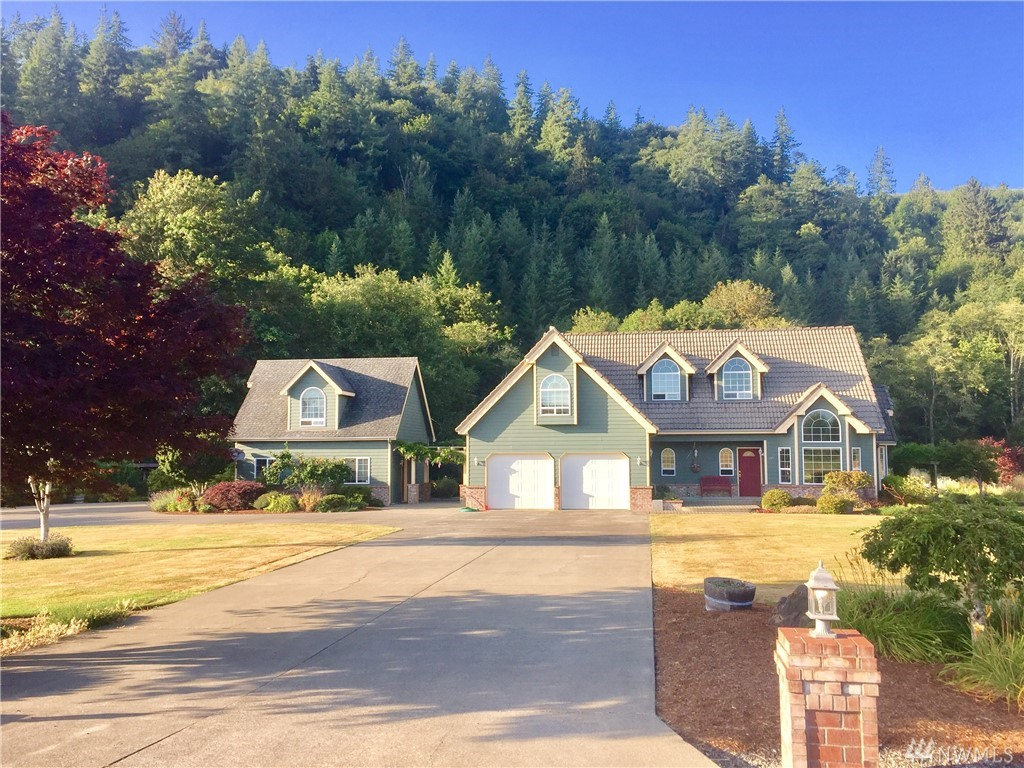 125 Mill Creek Rd, Raymond, WA 98577