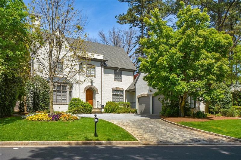 1056 Farm Brook Lane, Atlanta, GA 30319