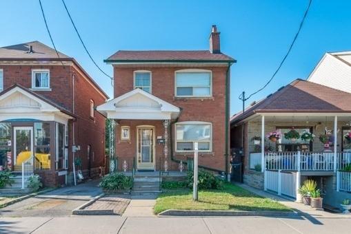 97 Rogers Rd, Toronto, ON M6E 1P4