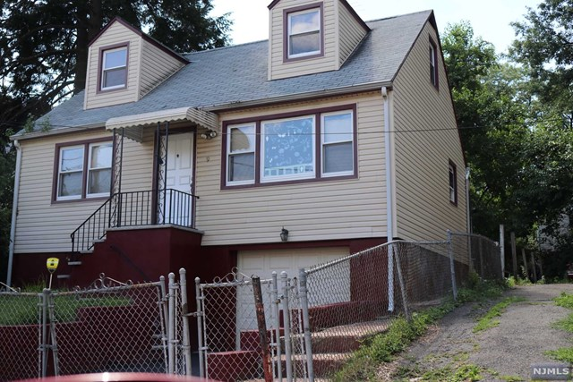 9-11 Crown Street, Newark, NJ 07106