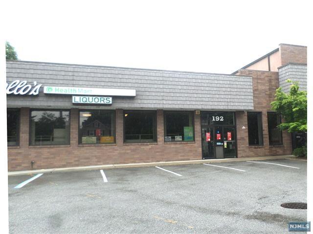 192 Rochelle Avenue, Rochelle Park, NJ 07662