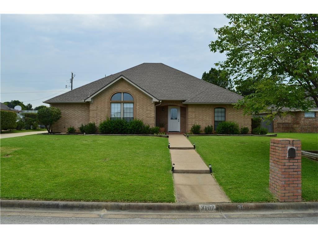3107 Sweet Briar Street, Grapevine, TX 76051