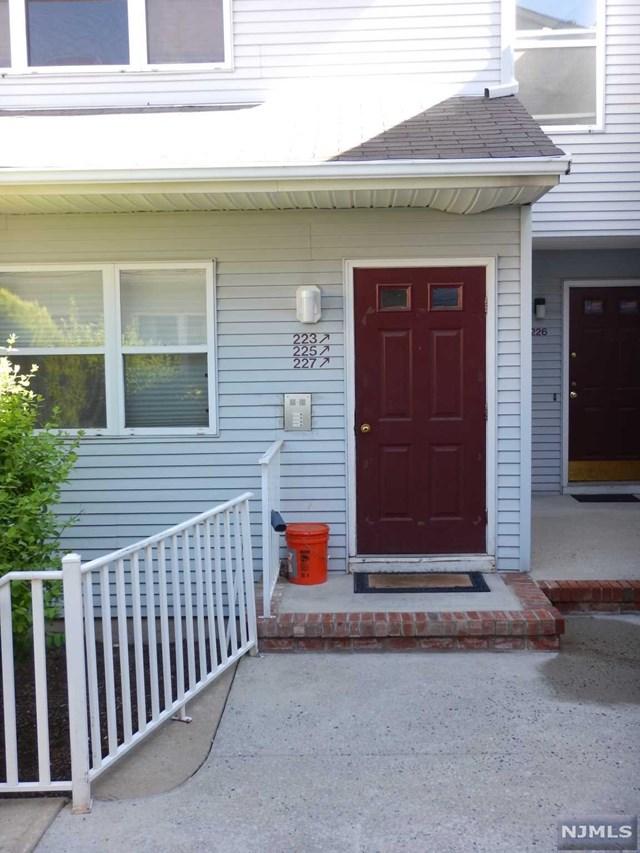 227 Bexley Lane, Piscataway, NJ 08854