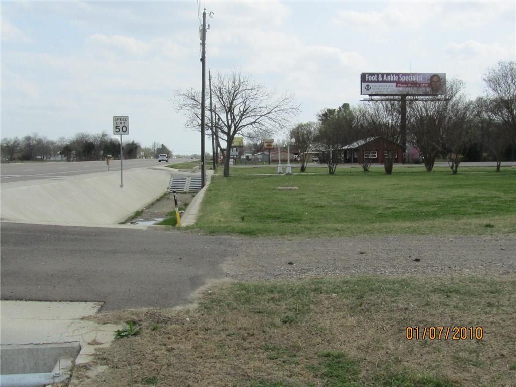 1709 N Hwy 121, Bonham, TX 75418