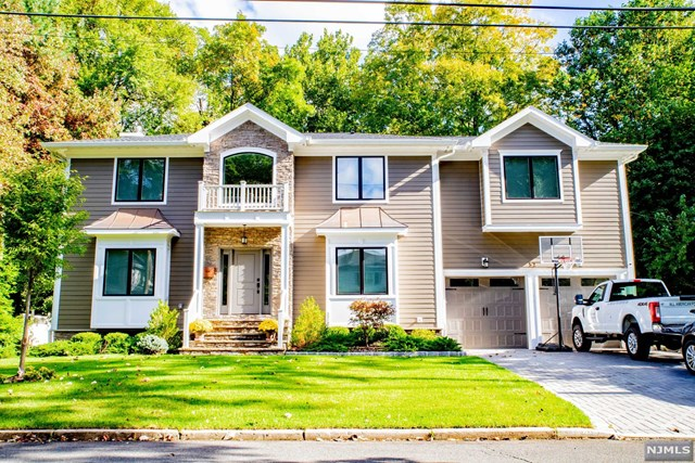 52 Glenwood Avenue, Demarest, NJ 07627
