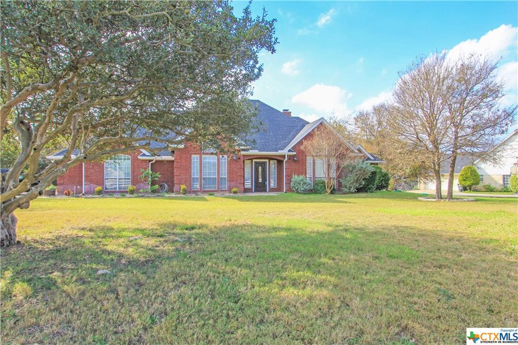 109 W Creek Drive, Salado, TX 76571