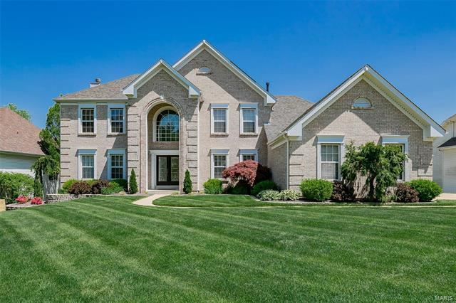 12774 Wynfield Pines Court, Des Peres, MO 63131