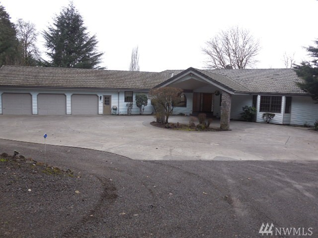 470 Valley View Dr, Kelso, WA 98626