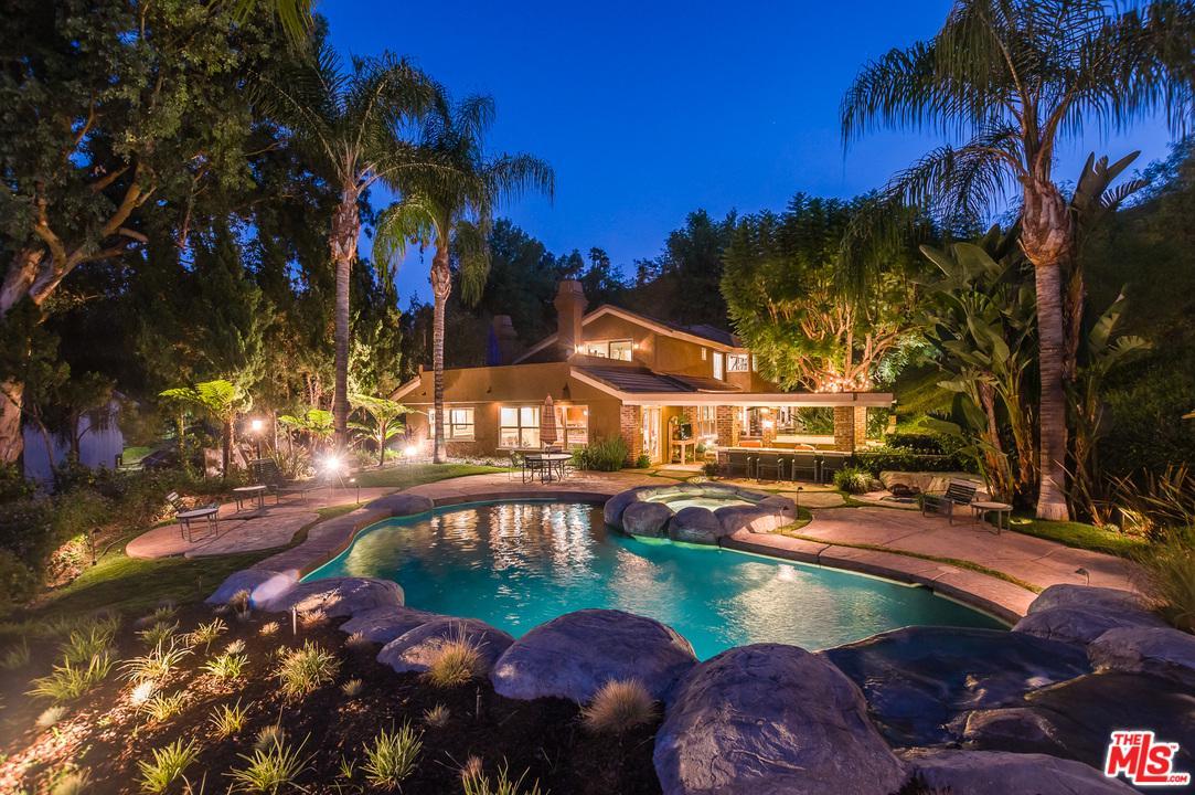 20319 LORENZANA Drive, Woodland Hills, CA 91364