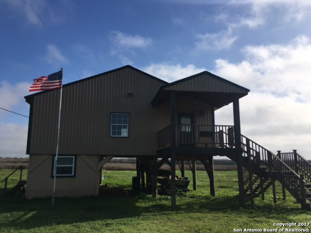 2324 Guadalupe River Road, Port LaVaca, TX 77979
