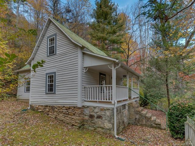 Charming 1890's mountain cottage completely renovated on 5 acres with a creek. This cottage has been a successful vacation rental. Would make a great starter home or getaway. Located 30 mins from Asheville, Hendersonville or Black Mountain. 10 minutes to Chimney Rock.