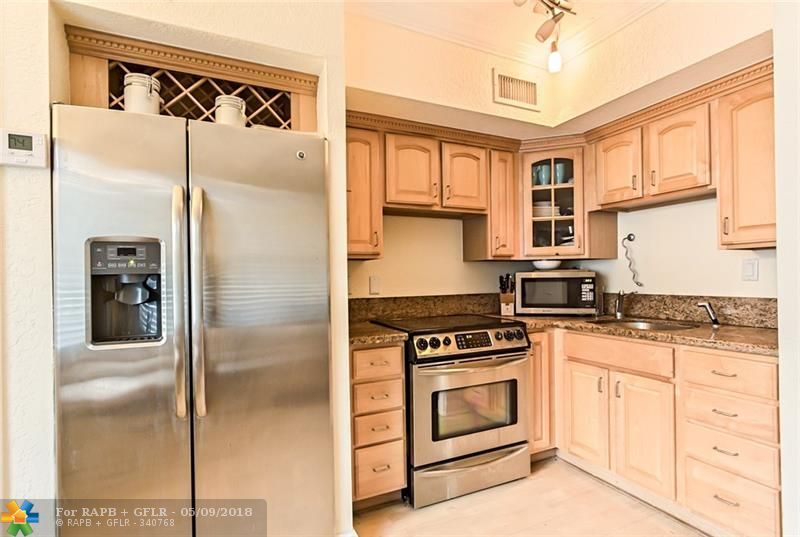GREAT LOCATION AND PRICED TO RENT! BEAUTIFULLY FURNISHED 1 BEDROOM 1 BATHROOM IN A BOUTIQUE BUILDING JUST OFF LAS OLAS BOULEVARD. THIS HOME IS EQUIPPED WITH GRANITE COUNTER TOPS, STAINLESS STEEL APPLIANCES, LIKE NEW WOOD FLOORS AND TASTEFULLY FURNITURE. GULF STREAM OFF LAS OLAS IS PROFESSIONALLY MAINTAINED WITH LUSH LANDSCAPING AND A GREAT HEATED POOL. WALK TO LAS OLAS BOULEVARD AND ENJOY THE BEST OF WHAT FORT LAUDERDALE HAS TO OFFER.