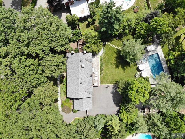 560 Illingworth Avenue, Englewood, NJ 07631