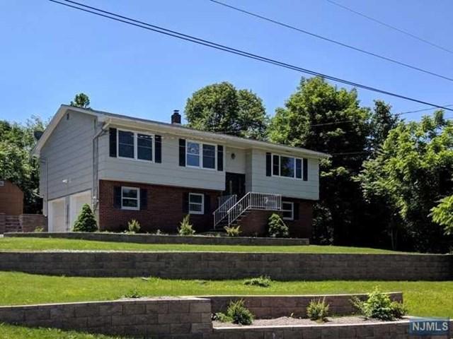 2 Black Creek Road, Vernon, NJ 07418