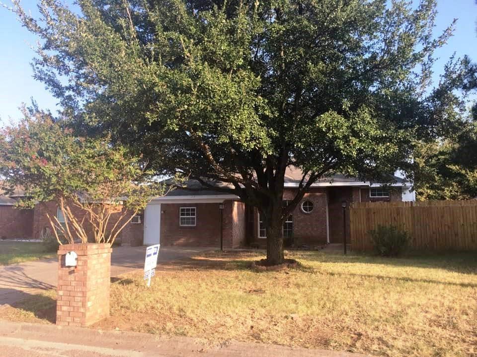 405 Odell Street, Cleburne, TX 76033
