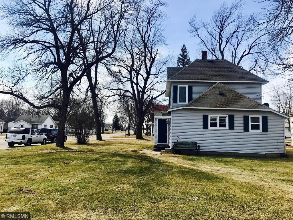 240 Prairie Avenue S, Brooten, MN 56316