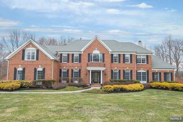 2 Middlesworth Farm Road, Washington Township, NJ 07853