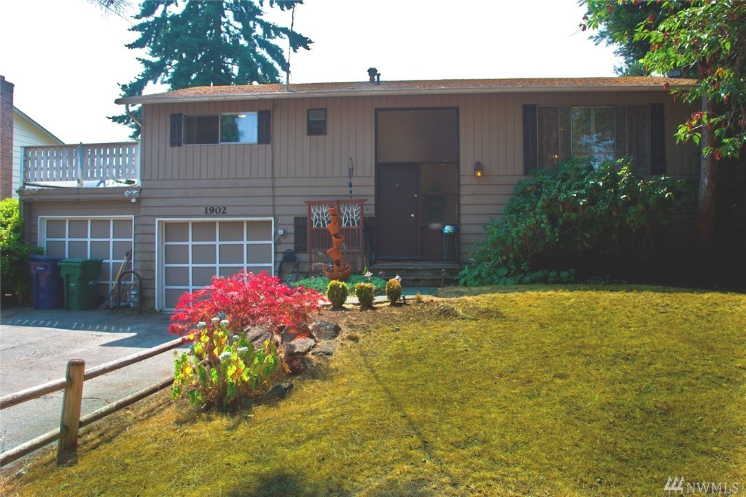 1902 200th Place SW, Lynnwood, WA 98036