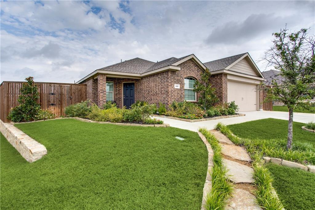 402 Paddock Lane, Celina, TX 75009