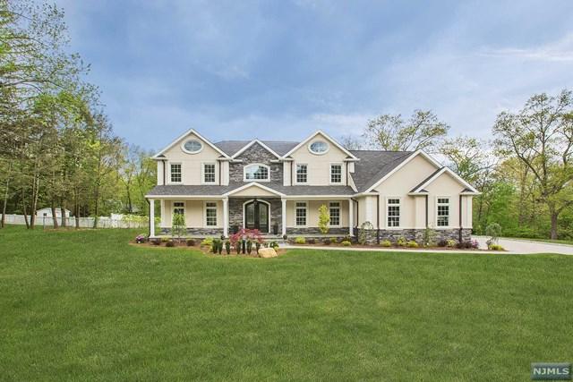 772 Colonial Road, Franklin Lakes, NJ 07417