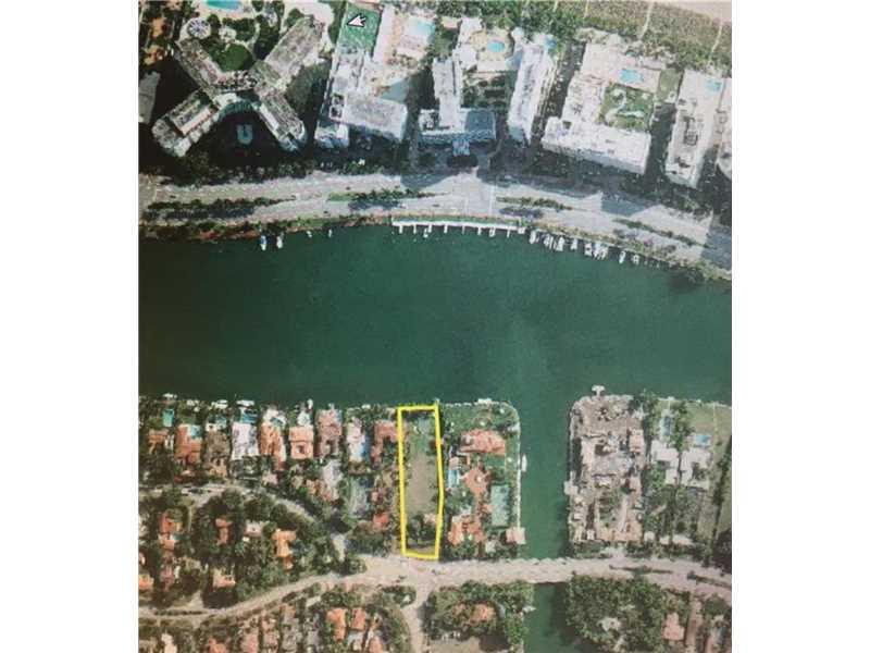 5101 Pine Tree Dr, Miami Beach, FL 33140