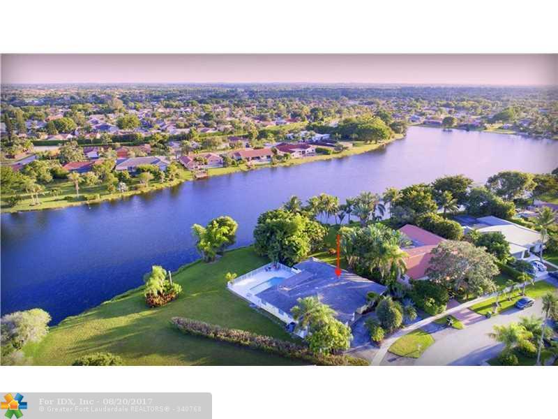 16711 Harbor Ct, Weston, FL 33326