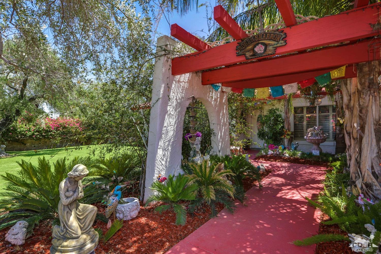 1359 E Caleta Way, Palm Springs, CA 92262