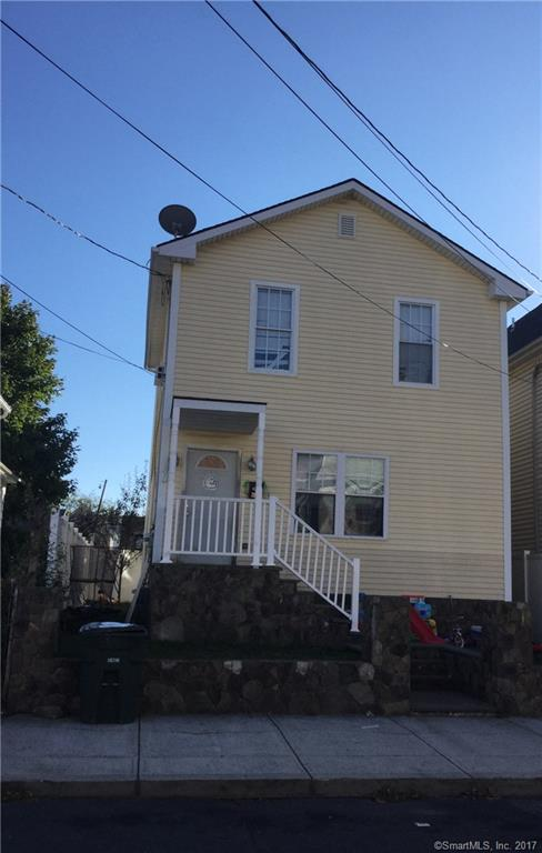 LIKE NEW 2009 2 BED COLONIAL PERFECT FOR FIRST TIME BUYERS EXCELLENT CONSTRUCCTION FEATURING HW FLOORS, NICE KIT W/TITLE FLOORS GREAT SEATING SHOWER, FENCED BACK YARD  BRICK STONE PATIO, ALARM SYSTEM AND MORE GREAT CONDO ALTERNATIVE,