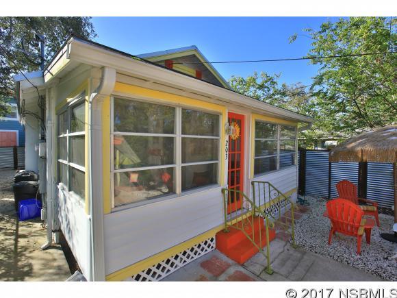 203 Cedar Ave, New Smyrna Beach, FL 32169