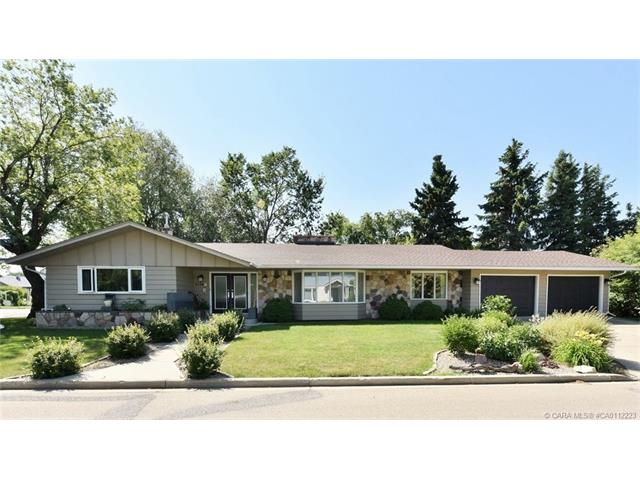 5136 43 Avenue, Red Deer, AB T4N 3E2