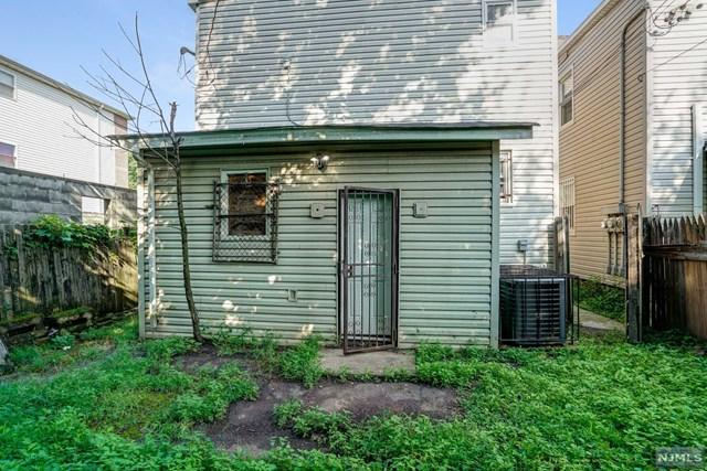 208 S Grove Street, East Orange, NJ 07018