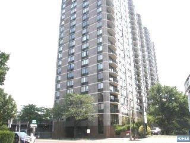 770 Anderson Avenue 7K, Cliffside Park, NJ 07010