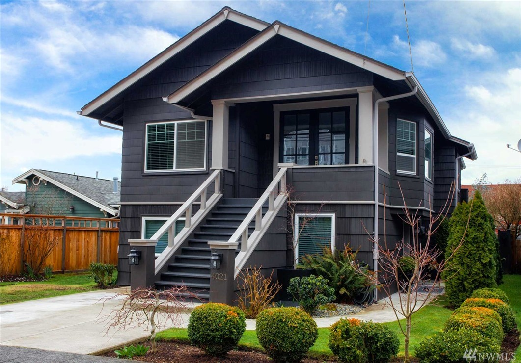 4021 59th Ave SW, Seattle, WA 98116