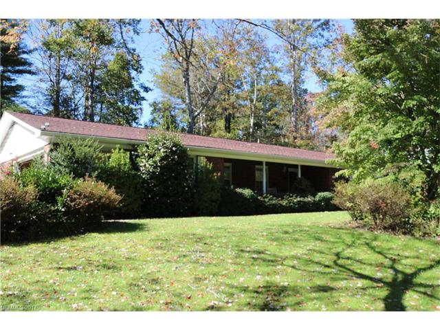 Discover This Handsome Home Conveniently Located Within Walking Distance To  Etowah Valley Golf CC. Features