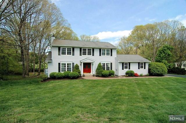 10 Overhill Terrace, Jefferson Township, NJ 07438