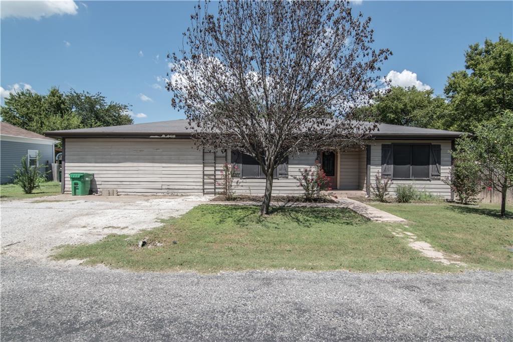 305 Ball Street, Tom Bean, TX 75491