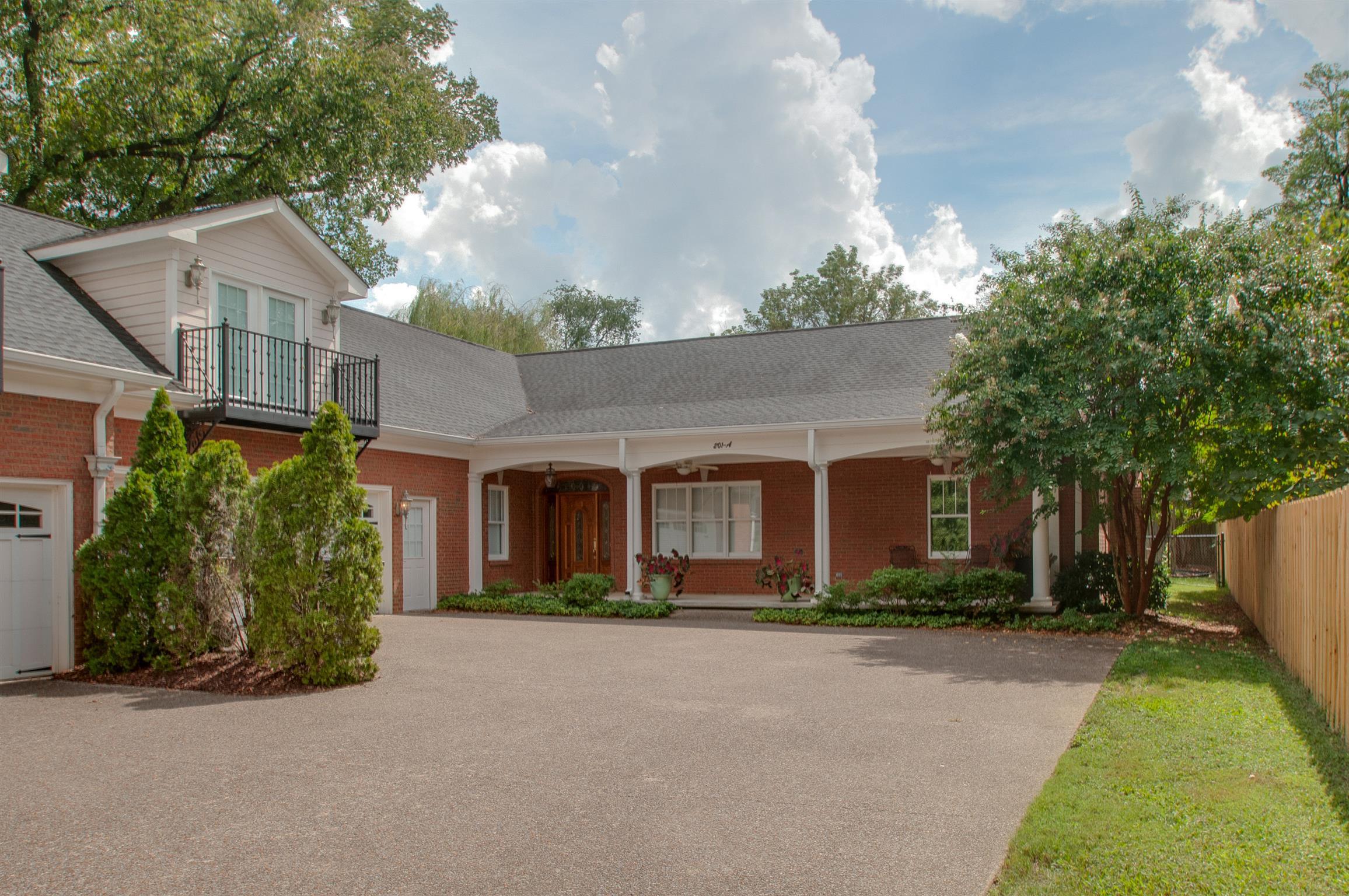 201 Woodmont Circle, Nashville, TN 37205