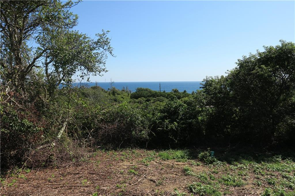Good things come in small packages!  This lot may only be a quarter of an acre, but the views are very big!  Expansive Atlantic Ocean vistas to the south will command your attention.  Approved three bedroom septic design.  Enjoy the drama of Mohegan Bluffs with public beach access just a short walk away.