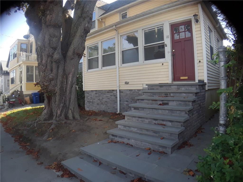 18 Vaughan AV, Newport, RI 02840