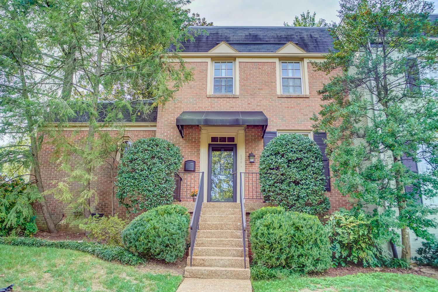 4400 Belmont Park Terrace 132, Nashville, TN 37215